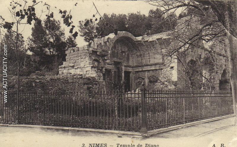 Nîmes  Temple de Diane