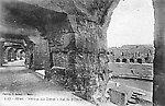L'amphithéâtre — Le promenoir, vers 1910