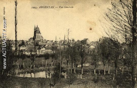 N&B-1205-Vue générale (1er plan: champs /dernier plan: St Germain)